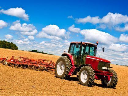 I migliori trattori da raccolta per aziende agricole